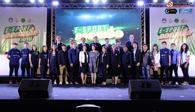 """ภาครัฐจัดโครงการ """"E-Sport ออกเหงื่อ"""" สนับสนุนกีฬา E-Sport เพื่อคนรุ่นใหม่"""